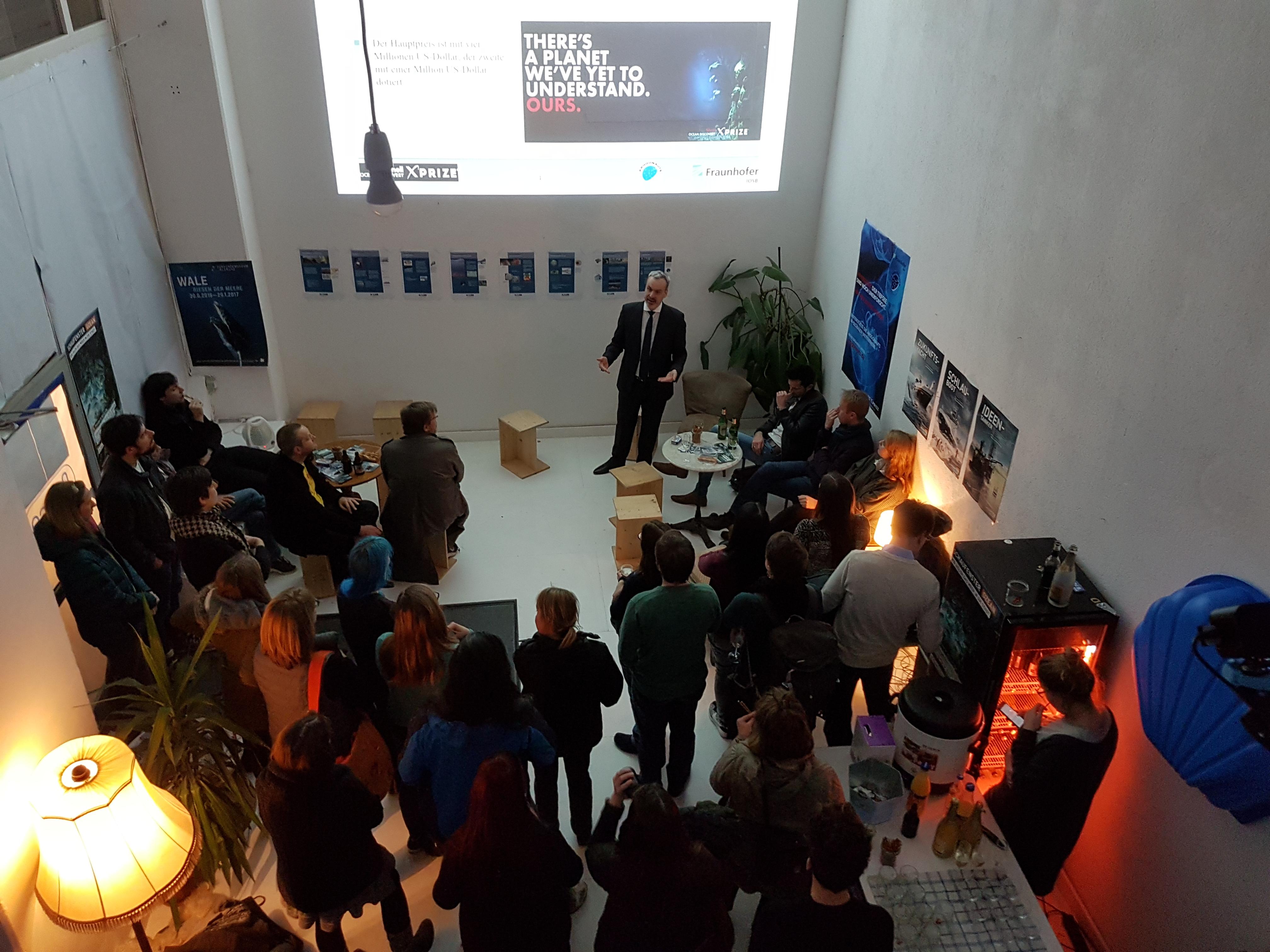Vortrag vor Publikum im ßpace 1